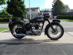 1953 matching numbers Triumph Thunderbird