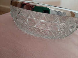 Beautiful vintage crystal glass bowl with silver trim
