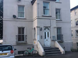 2 Bed ground floor Flat for Sale/Rent now buy later scheme in Gravesend kent near london