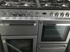 A SECONDHAND 8 BURNER GAS COOKER WITH DOUBLE OVEN AND GRILL