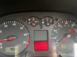 Volkswagen GOLF S, 2002 (52) Silver Hatchback, Manual Petrol, 118,549 miles
