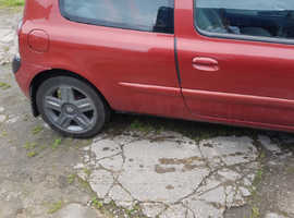 Renault Clio, 2005 (54) Red Hatchback, Manual Petrol, 1,000,000 miles