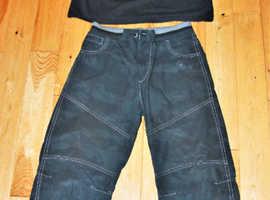 Minecraft T-Shirt & Black Combat Style Trousers Teens Bundle 11-12yrs