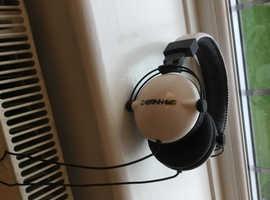 Cabrinha headphones