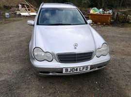 Mercedes C CLASS, 2004 (04) Silver Estate, Automatic Diesel, 188,884 miles
