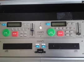 Kam twin cd dj unit in flight type case  £75