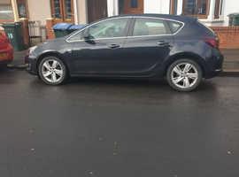 Vauxhall Astra, 2012 (62) Black Hatchback, Manual Diesel, 94,946 miles
