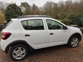 Dacia Sandero, 2014 (14) White Hatchback, Manual Diesel, 50,800 miles