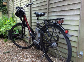 Raleigh Dover Deluxe ebike. Sturdy + reliable