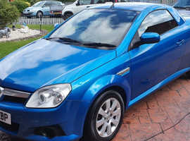 Vauxhall Tigra, 2009 (09) Blue Coupe, Manual Petrol, 124,595 miles
