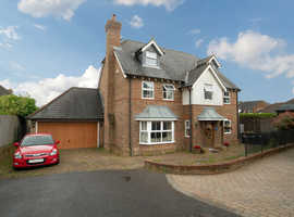 6 Double Bedroom Home Within Gated Location in Challock