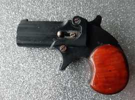 Starting Pistol **Offers** Italian Derringer.22