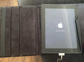 2 x tablets and 2 x portable battery packs for sale
