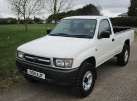 Toyota Hilux, 2000 (X) White 4x4, Manual Diesel, 92,638 miles