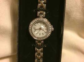 Avon Natalee watch - needs new battery