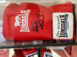 Frank Bruno signed Glove in display case with Authentication Cert