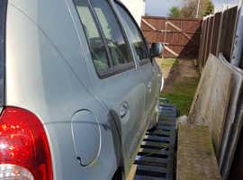 Renault Clio, 2003 (03) Beige Hatchback, Manual Diesel, 64,000 miles