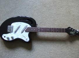 Risa tenor 'kidney bean' electric ukulele