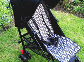 Lovely Mothercare 'Nanu' Stroller. Compact. Light. Age: Birth up.