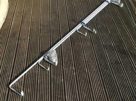 Pelmet rails x 6, variety of sizes, all telescopic.