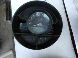 Alfa Romeo Montreal speedometer