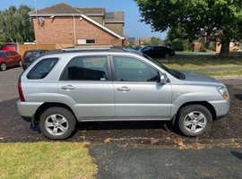 Kia Sportage, 2010 (10) Silver Estate, Manual Diesel, 79,700 miles