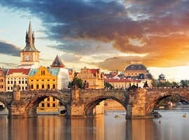 Hop on hop off bus tour & Boat trip Prague