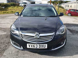 Vauxhall Insignia, 2013 (63) Black Hatchback, Manual Diesel, 127,078 miles