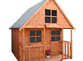 6x6 mini swiss cottage  inc porch (6x4 inside )