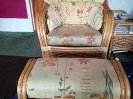 2 armchairs with footstools