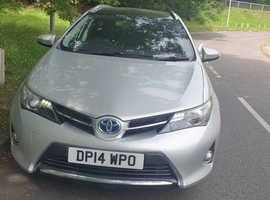 Toyota Auris, 2014 (14) silver estate, Cvt Hybrid, 112000 miles