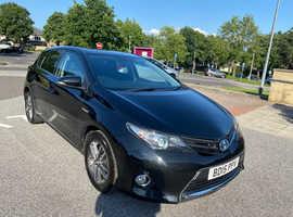 Toyota Auris, 2015 (15) Black Hatchback, Cvt Hybrid, 85,000 miles