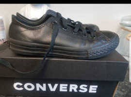 Black leather childrens Converse size 13