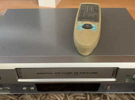 Sanyo VHS recorder