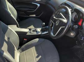 Vauxhall Insignia, 2011 (61) Silver Hatchback, Manual Diesel, 97,000 miles