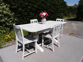 Lovely Vintage Oak Dining Table & 4 Chairs. Shabby chic, Old White. Delivery Available.