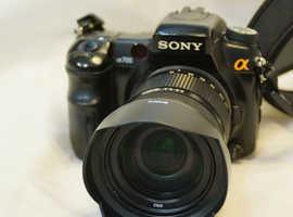 Sony Alpha A700 camera and lens