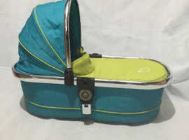 I candy in green carry cot