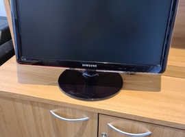 Samsung widescreen TV