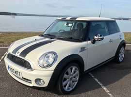 Mini MINI, 2010 (10) White Hatchback, Manual Petrol, 69,000 miles