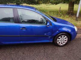 Volkswagen Golf, 2004 (04) blue hatchback, Manual Petrol, 119,000 miles