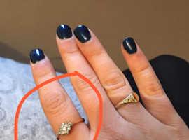 LOST GOLD/DIAMOND RING- REWARD IF RETURNED