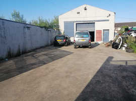 Large retail /workshop to rent church St Cookstown