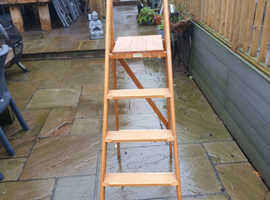 Wooden stepladder by Pioneer Super Steps in excellent condition with only a few paint marks