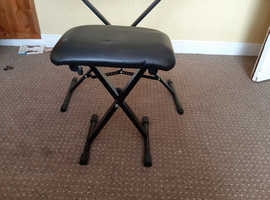 Casio CTK 1550 with stand, stool, headphones and books