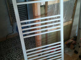 NEW WHITE TOWEL RADIATOR PLUMBED NOT ELECTRIC