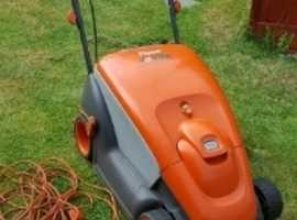 Flymo compact 400 lawn mower
