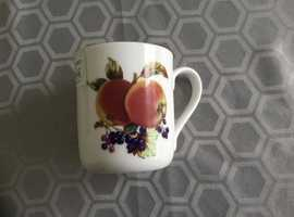 Royal Worcester Evesham Gold Mug Apple & Blackcurrant (NEW) £8 Each