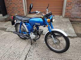 Yamaha YB100 Classic