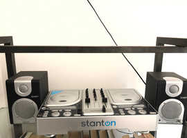 Stanton twin CD mixing deck